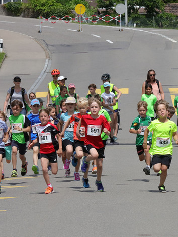 kids run.jpg
