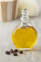 7 AMAZING BENEFITS OF JOJOBA OIL FOR THE SKIN AND HAIR