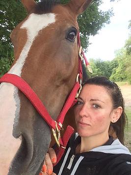 Emilie cheval.jpg