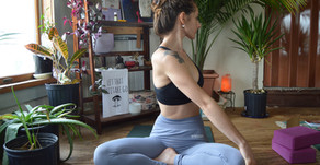 20 min. Yin Yoga For Cleaner Lungs