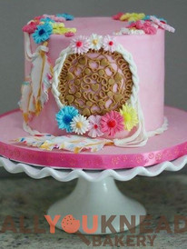 Dream Catcher Cake 🌺🎁🎀.jpg