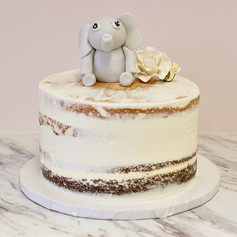 Chocolate and Vanilla Naked Cake 🐘🌹_-_