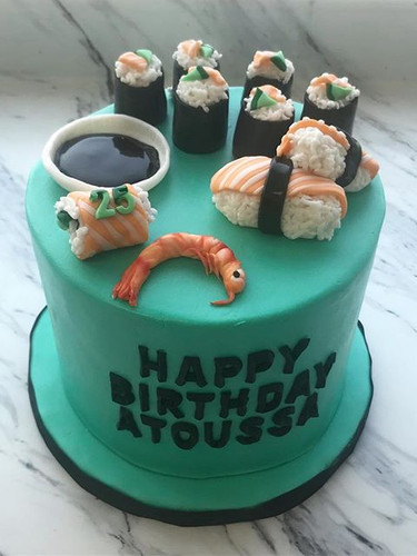 Sushi Cake 😍😍🍣🍚🍤.jpg