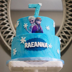 Two Tier Fondant Frozen Cake 😍❄️💙_-_-_