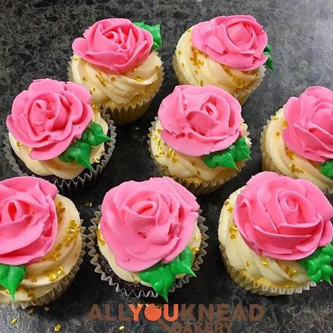 Pretty Rose Buttercream Cupcakes got us