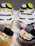 Some very special birthday cupcakes for