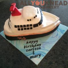 Cruiseshipcake.jpg