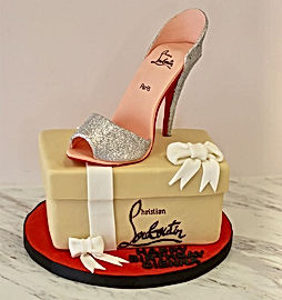 Christian Louboutin birthday cake😍_-_-_