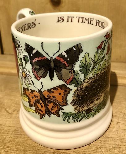Good Gardeners half pint mug.