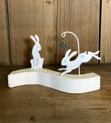 Artic hares and star