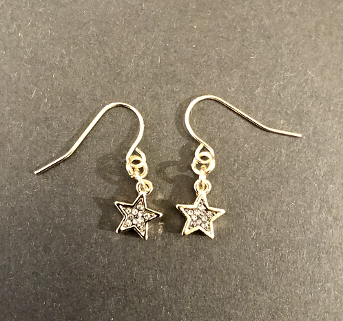 Star Earings drop with sparkle centres.