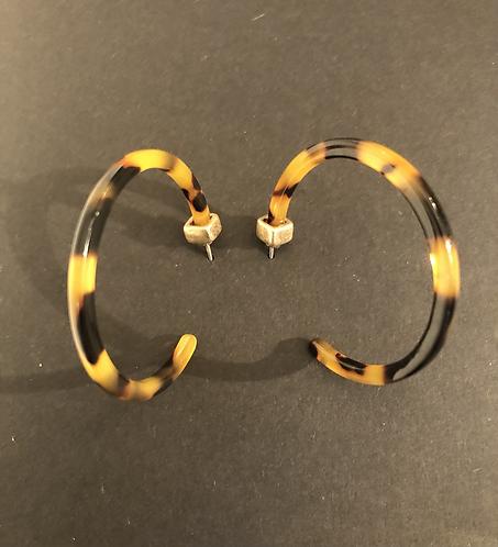 Tortoise shell effect resin and gold plate earrings.