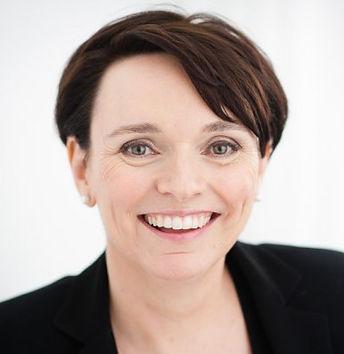 Caroline Stokes headshot.jpg