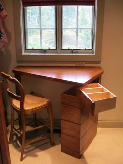 Mountain residence custom desk
