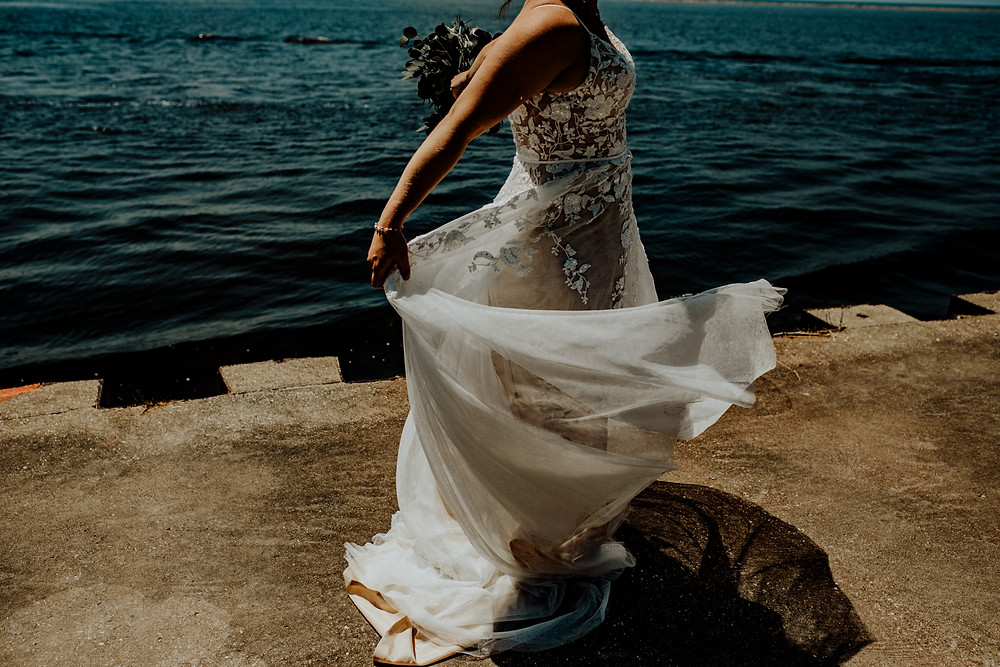 Wedding at Orchard Beach State Park by Detroit wedding photographer Little Blue Bird Photography in Manistee, Michigan