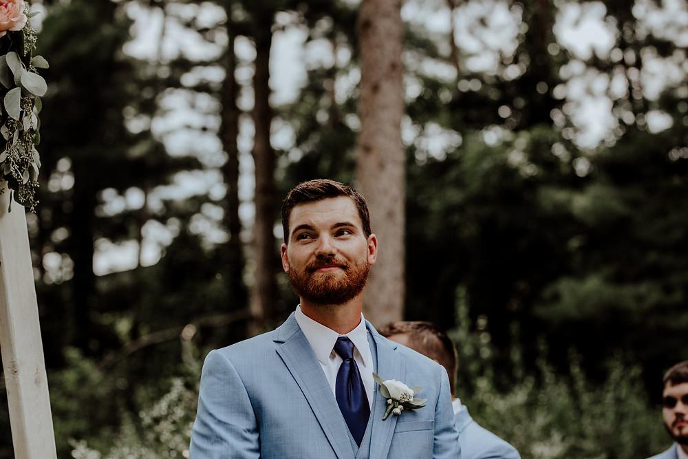 wedding at slayton arboretum in hillsdale. photos taken by detroit wedding photographer little blue bird photography