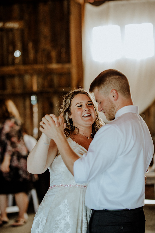 wedding photographer holland michigan