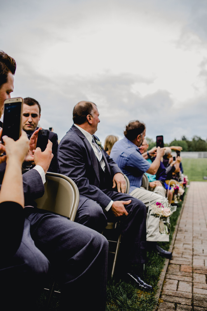 Why have an unplugged wedding?