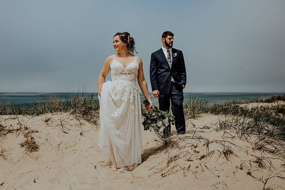 lake michigan wedding photo by Detroit Wedding photographer Little Blue Bird Photography taken in Manistee, Michigan