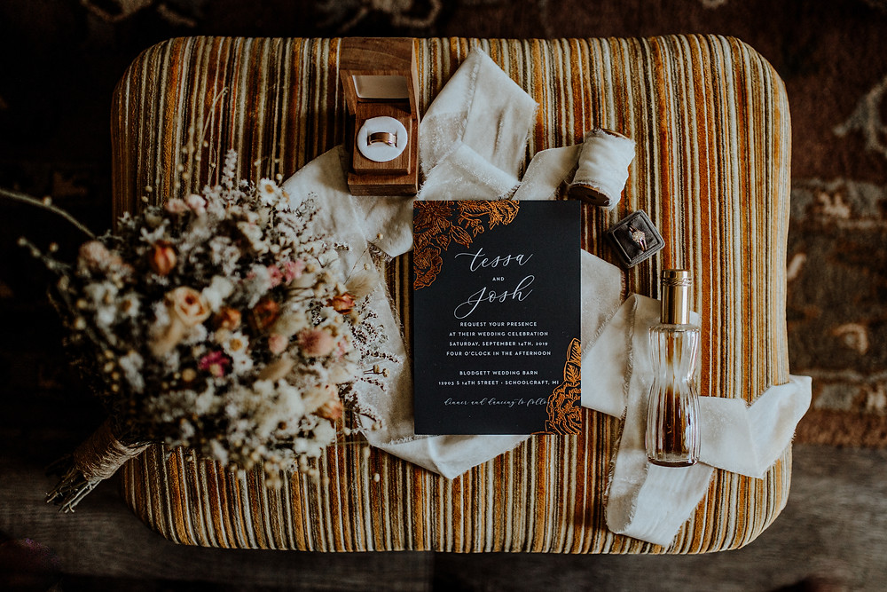 wedding detail photo by detroit elopement photographer, little blue bird photography in lansing, michigan.