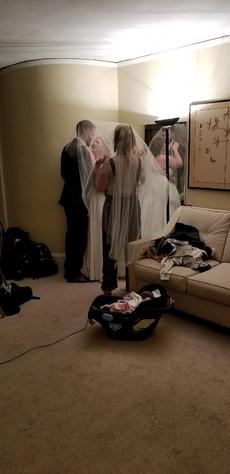 indoor-wedding-photos