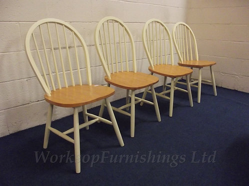 'Fasset' Cream And Solid Wood 4 x Dining Chairs