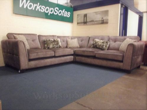 'Ariana' Large Classic Back Corner Sofa