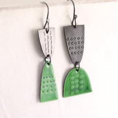 Leonora drop earrings