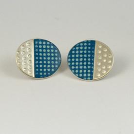 Island stud earrings