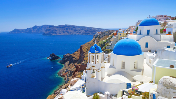 Wanderlust Wednesday: Santorini Edition