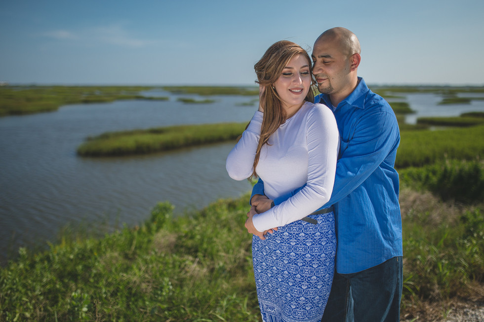 Amy & Miguel || Engagement Session