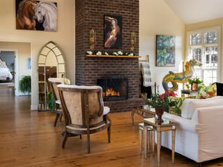 T&R living room.jpg