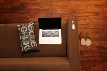 home-office-569153.jpg