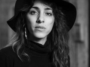 Sara Alhinho: a voice without borders