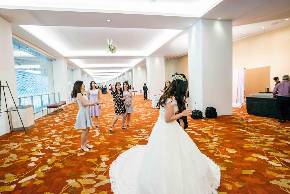 bouquet toss solemnisation photography singapore