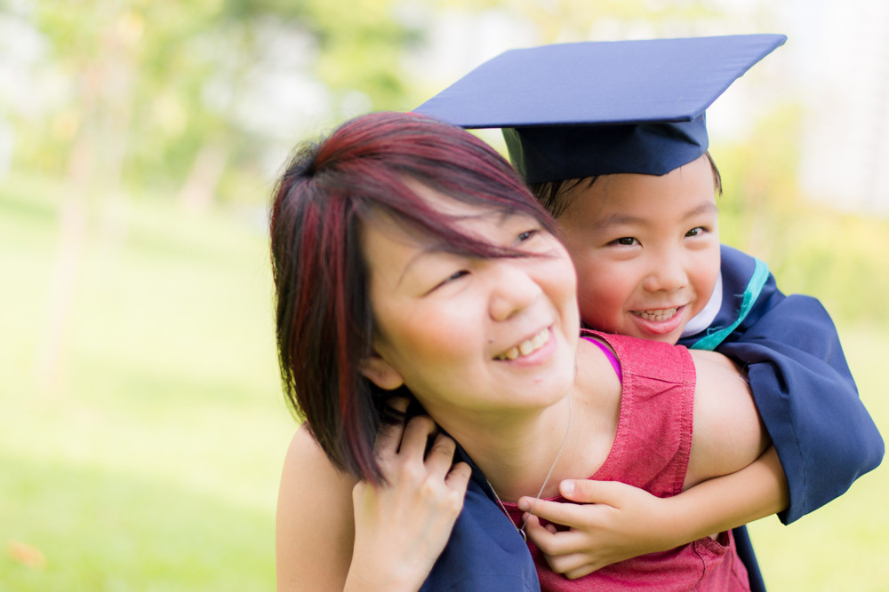 family friends graduation photoshoot punggol waterway park