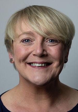 Cathy Breeze 1.jpg