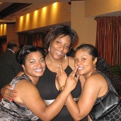 Day 6 continues, #Linesisters, #Dean, #Emergence, #XiTheta Born - Soaring Bellas Summer 2009 #TNX20Y