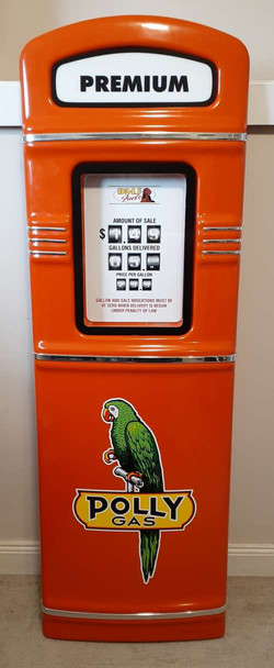 Polly Gas gas pump front