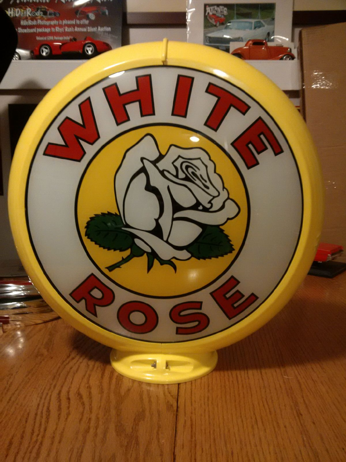White Rose gas pump globe