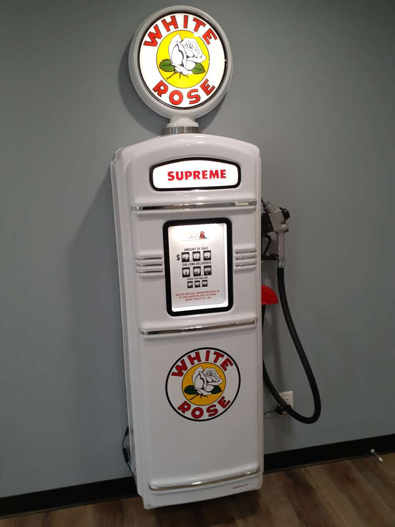 White Rose gas pump