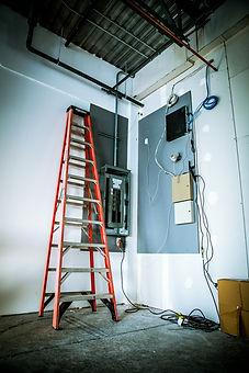 electrician-1206468_1920.jpg
