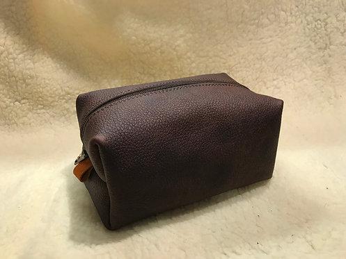 Handmade Leather Wash bag / Dopp kit (Small)