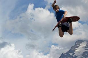 aaron snowboard.jpg