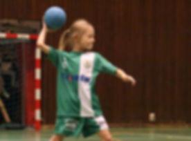 HiRes_handboll_ramvik_flicka_matchställ_