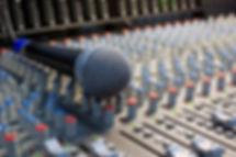 Alquiler de equipos de Sonido e Iluminación Profesional