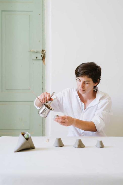 pouring fresh hibiscus tea