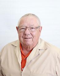 Larry Besse, Denturist