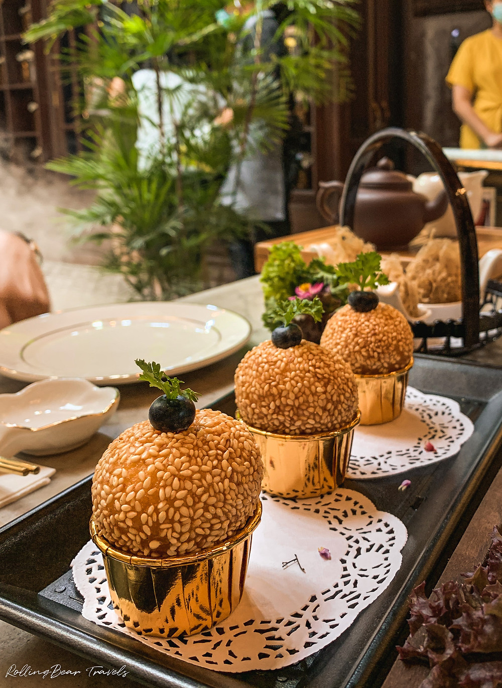 Bao Teck Teahouse Chinese lunch: Sesame Balls with a molten egg yolk custard | food photography by RollingBear Travels.
