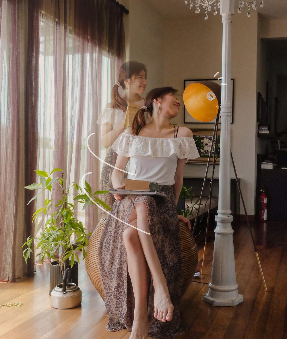 Style blogger in white Miss Selfridge top, AllSaints print skirt, RollingBear Travels blog.